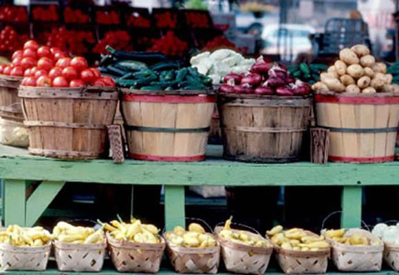farmers-market-stand